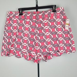 Crown & Ivy Scalloped short size 14 NWT  -G1